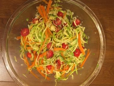 raw zucchini tomato salad