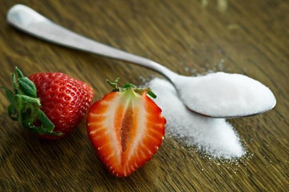 Craving Sugar? 10 Tips To Beat SugarAddiction